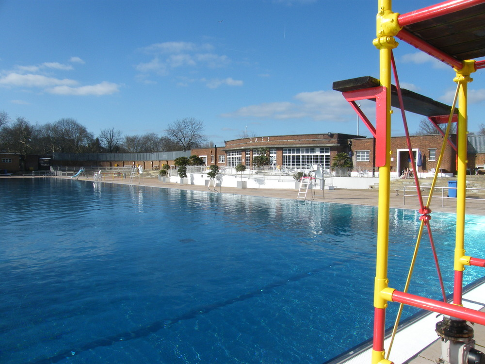 Parliament hill lido homework for Hampstead heath park swimming pool